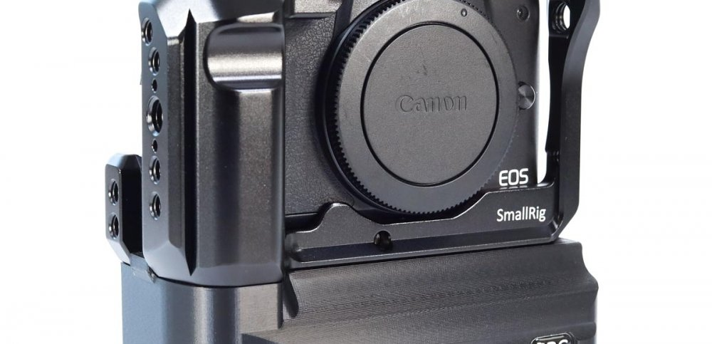 The best combo for your Canon EOS M50 - CBG Battery Add-On