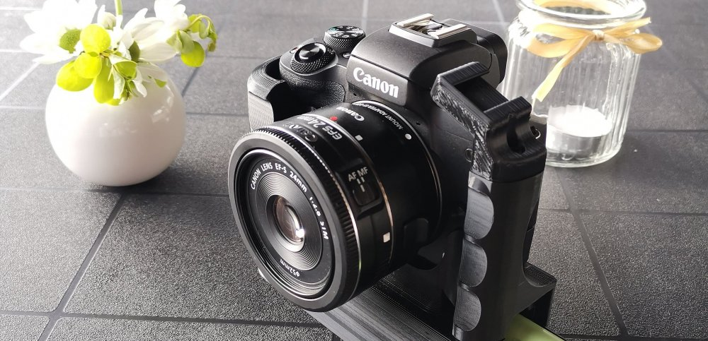 Are you struggling with battery life of your EOS M50? We can help with that. Canon EOS M50 Extended Battery Grip gives you extreme battery life