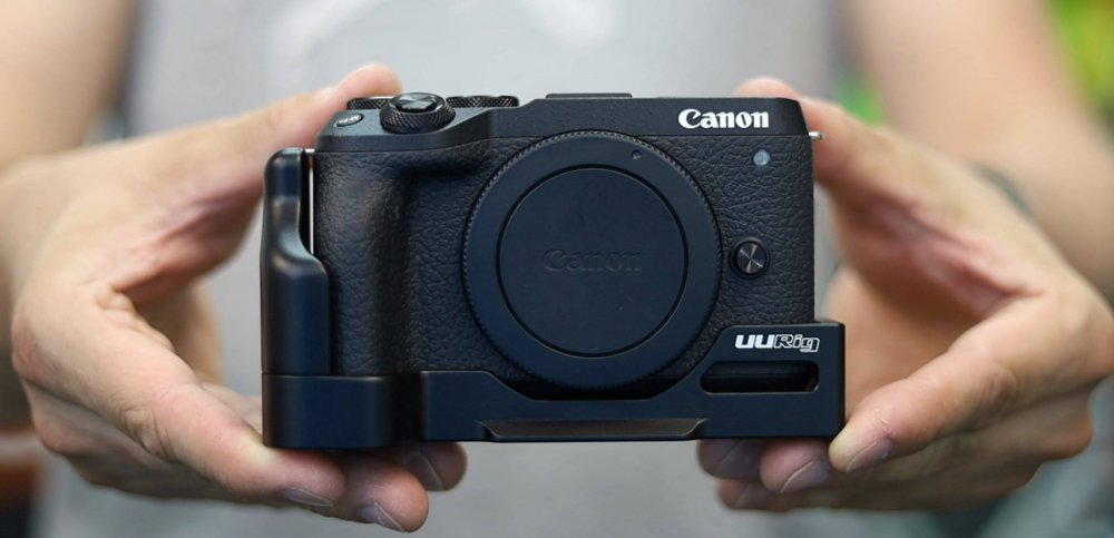 We've just added a quick release bracket grip for Canon EOS M6 mark II to our online store