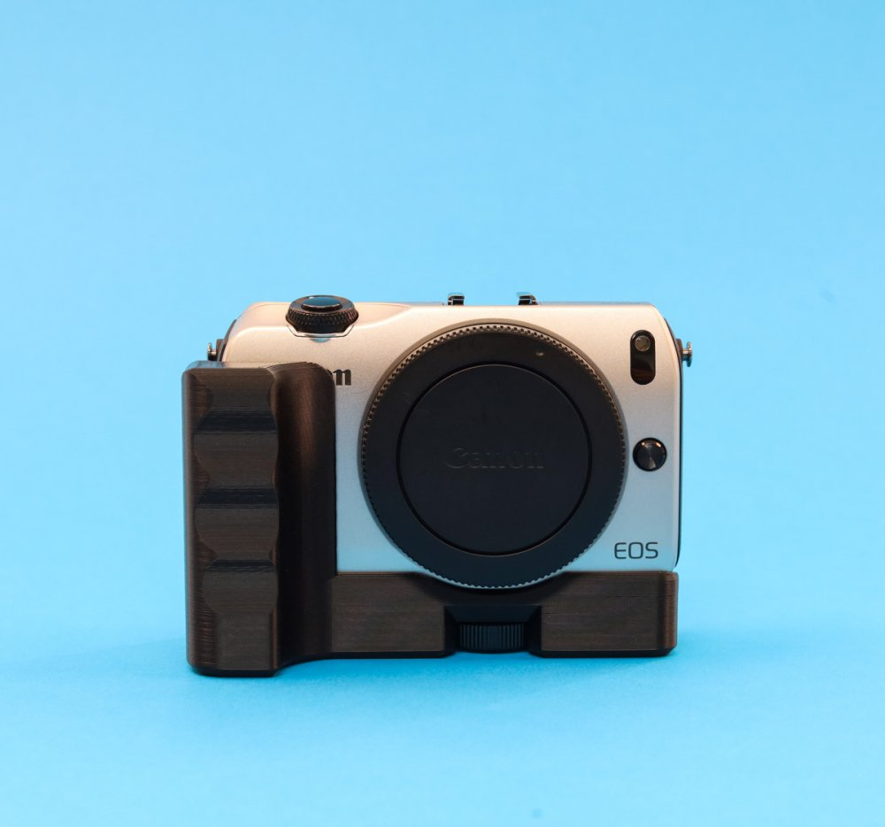 Extension Grip for Canon EOS M