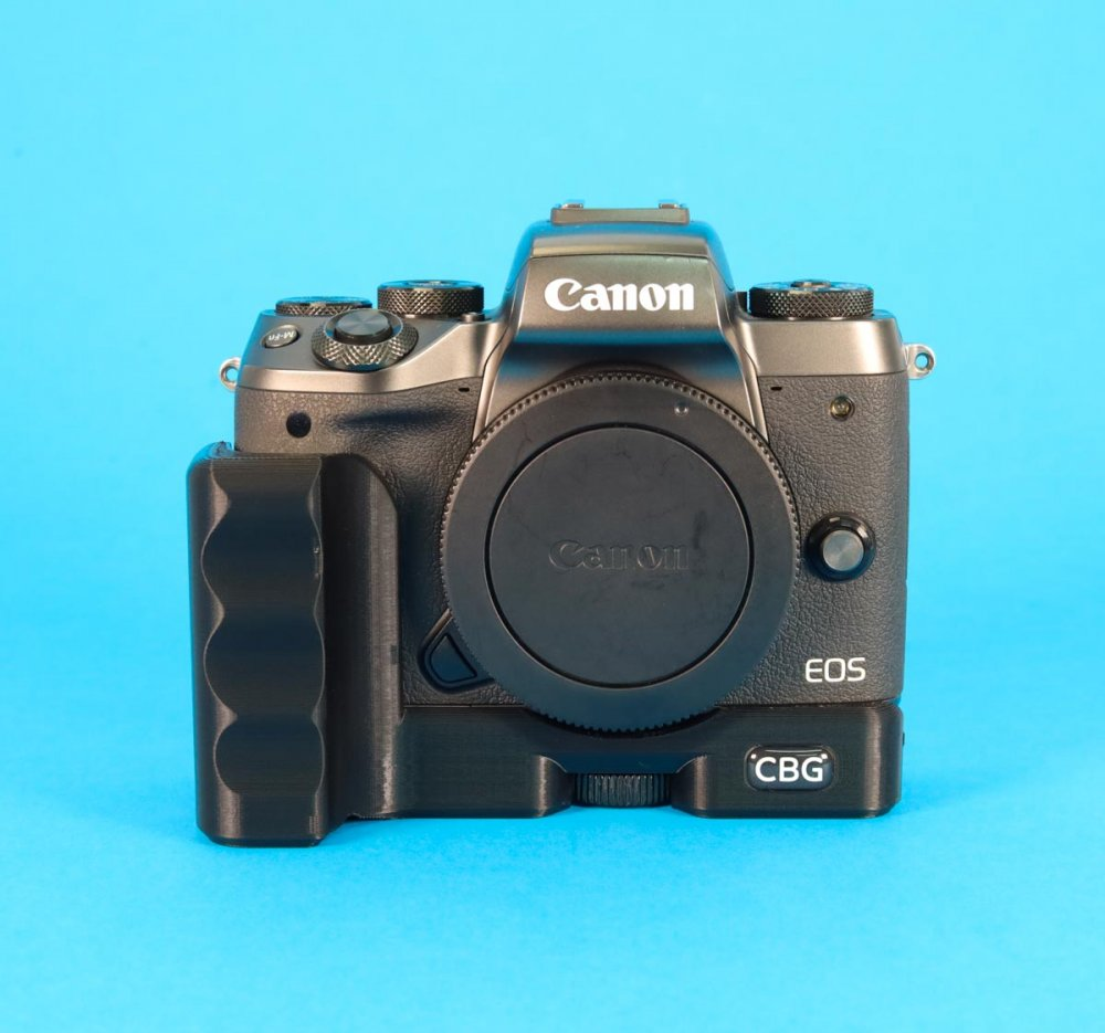 Extension Grip for Canon EOS M5