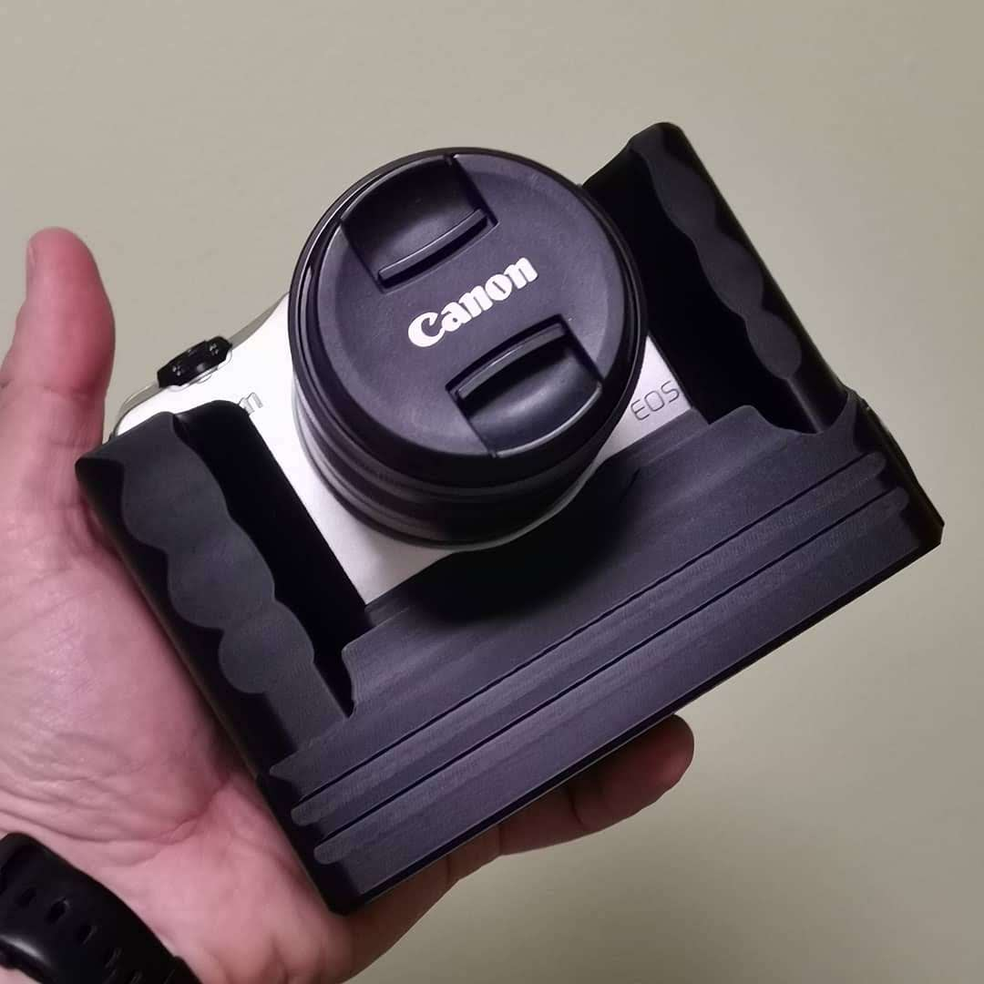 battery grip for Canon EOS M available @ CustomBatteryGrips onlne store