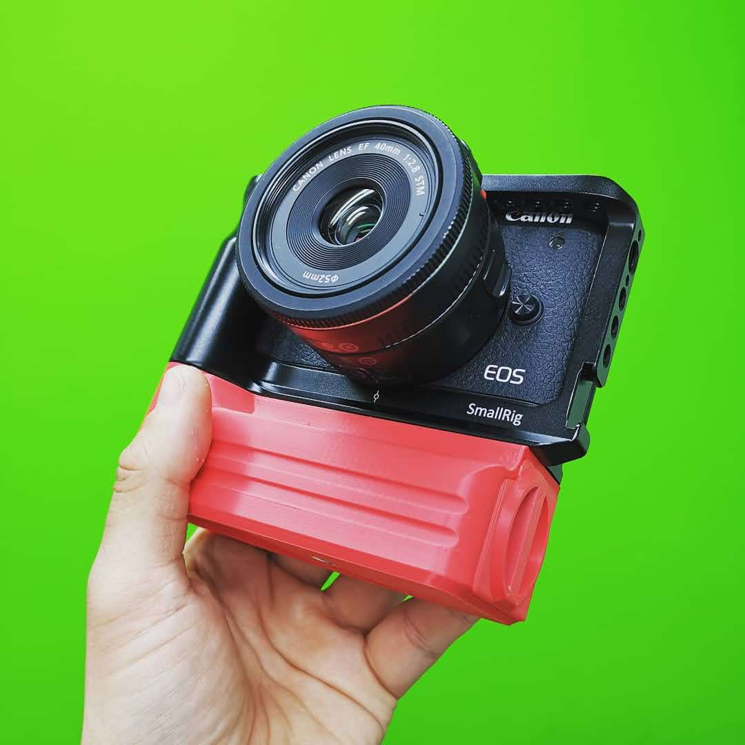 Custom Battery Grips Battery Add-On in red for EOS M6 Mark II Cage